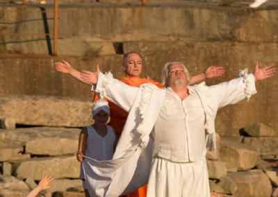 Tartuffe och Long Lang spelas av Kjell Wilhelmsen och Bo Westerholm